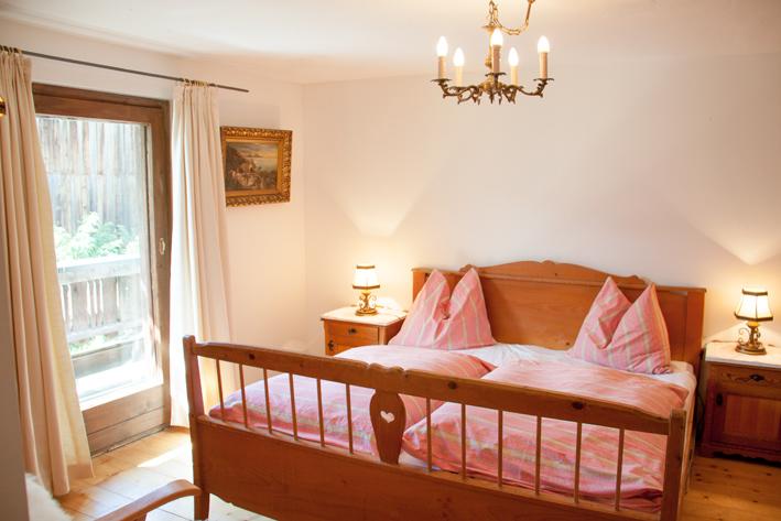 Schlafzimmer am Dürsteinhof in Uttendorf